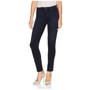 AG The Prima Mid-rise Cigarette Skinny Jeans